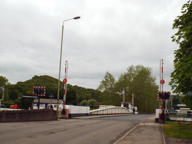 Tomnahurich Bridge, Inverness