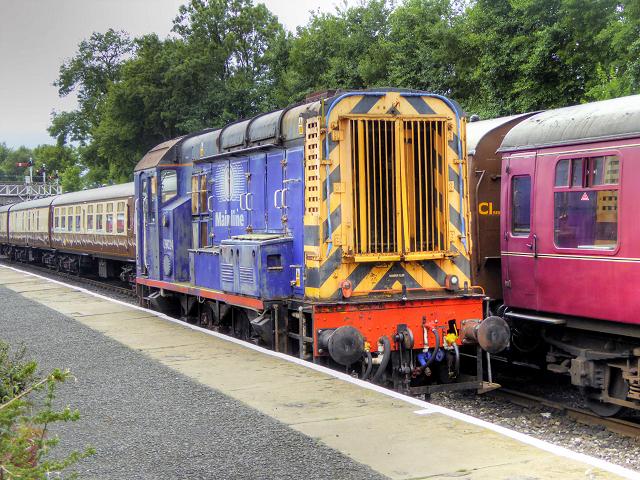 Class 09 Diesel Shunter at Bolton Street Station