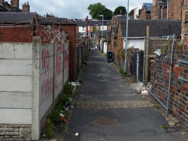 Stoke-on-Trent alleyway