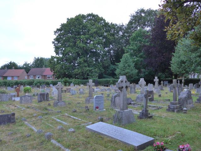 St John the Baptist, Crowthorne: churchyard (b)