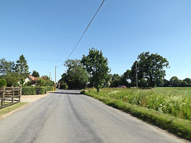 The Street, Bedingfield Street