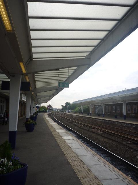 Middlesbrough Architecture : Platform Canopy At Middlesbrough Station