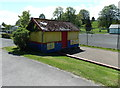 ST8744 : Refreshment kiosk in Warminster Park by Jaggery