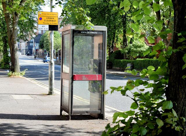 Telephone box, Malone Road, Belfast  - July 2015(2)