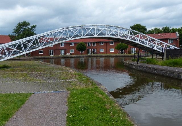 Etruria Footbridge across the Caldon Canal
