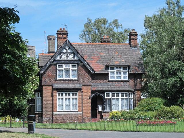 The Lodge, Clissold Park