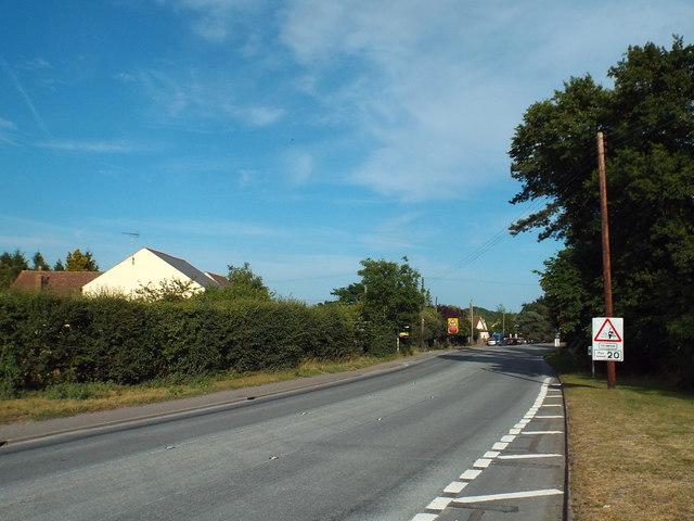 Tenpenny Hill (B1027), Alresford