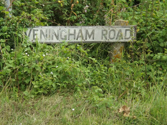 Heveningham Road sign