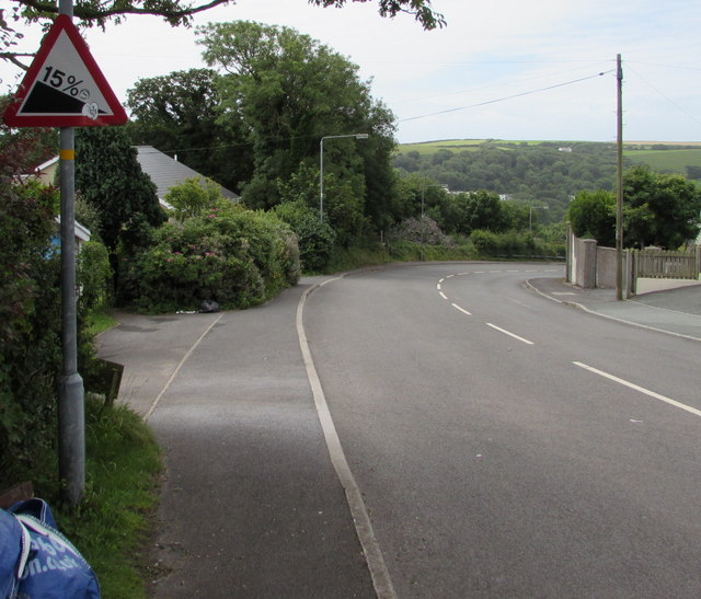 Steep descent of Trewent Hill ahead, Freshwater East