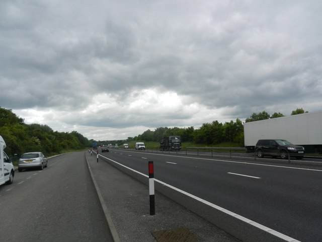 Looking south from a layby on the A34