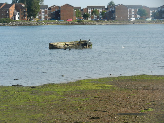The tide comes in very fast at Eastney Lake