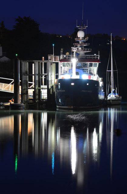 St. George's Pier, Night