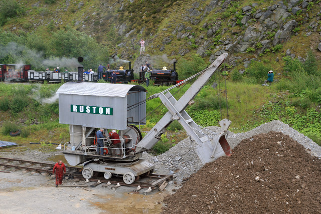 Threlkeld Quarry & Mining Museum - train and navvy
