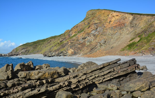 4800718236d Chevron folds at Millook Haven, Cornwall © Edmund Shaw :: Geograph ...