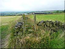 SE0322 : Stile on Sowerby Bridge FP115 (Link A) by Humphrey Bolton