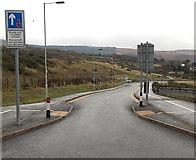 SS8591 : Down Ffordd Dysgu, Maesteg by Jaggery