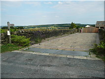 SE0322 : Sowerby Bridge FP149 (Link A) on driveway off Ratten Row Road by Humphrey Bolton