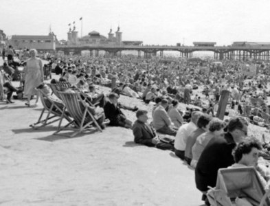SD3035 : Blackpool Beach, on a sunny day in 1959 by Ben Brooksbank