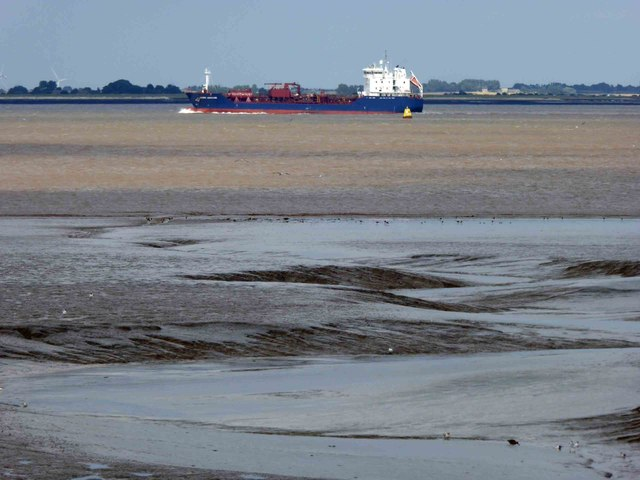 Glorious Humber mud and a ship