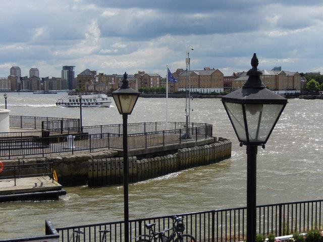 River Thames, Limehouse