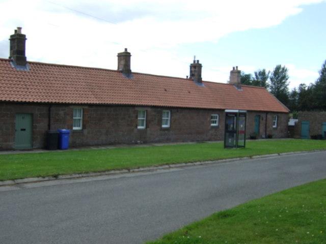 Cottages, East Horton