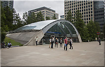 TQ3780 : Canary Wharf Station by Rossographer