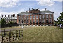 TQ2579 : Kensington Palace, London by Rossographer