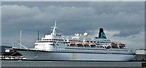 "J3576 : The ""Albatros"", Belfast (August 2015) by Albert Bridge"
