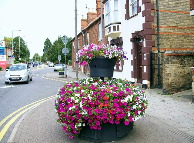 Welcoming floral displays at Bourne, Lincolnshire