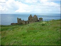 C9041 : Dunluce Castle by Carroll Pierce