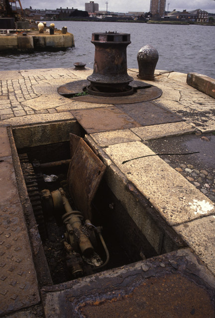 Hydraulic capstan at the entrance to Wallasey Dock