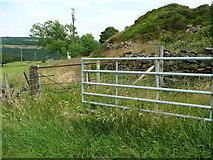 SE0322 : Stile on Sowerby bridge FP140, Link D by Humphrey Bolton