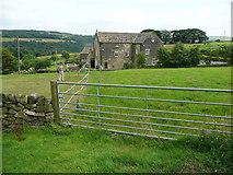 SE0322 : Field gate on Sowerby Bridge FP142, Link C by Humphrey Bolton
