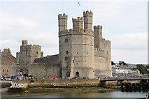 SH4762 : Caernarfon Castle by Oliver Mills