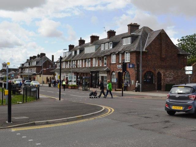 Central Avenue Shops - Gretna Garden City