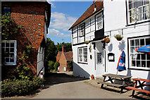 TR0653 : Church Hill, Chilham by Chris Heaton