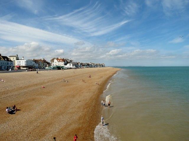 Deal  beach  north  from  Promenade  Pier