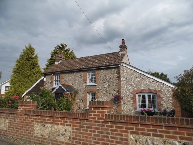 Cottage on Single Street, Berry's Green