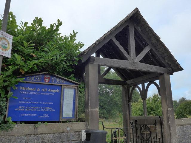 St Michael, Taddington: lych gate