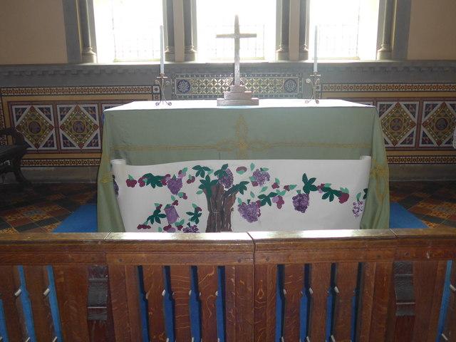 St Katherine, Rowsley: altar