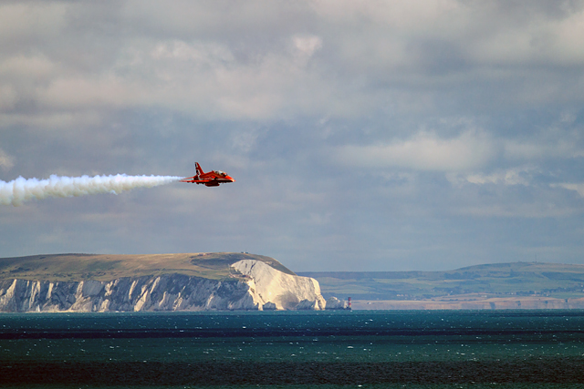 Bournemouth Air Festival 2015 - approaching Red Arrow
