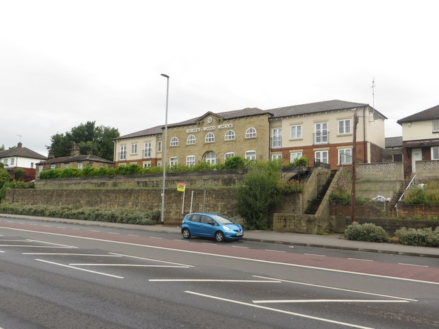 Looking across Kirkstall Road toward Burley Wood Works
