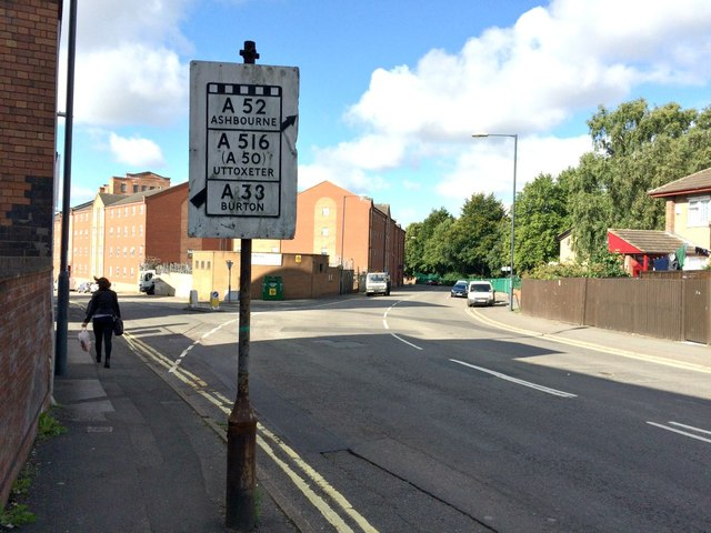 Pre-Worboys road sign on Lodge Lane