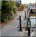 ST5772 : Beware - railings ahead, Bristol by Jaggery