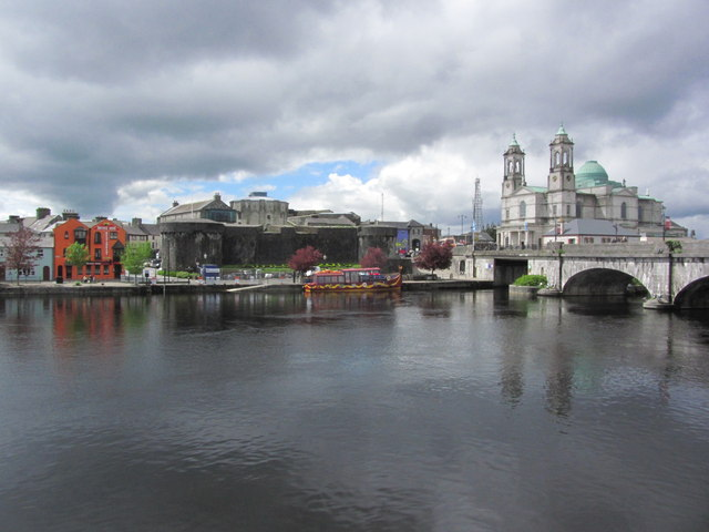 Athlone - View across R Shannon to Athlone Castle & St Peter & St Paul's Church