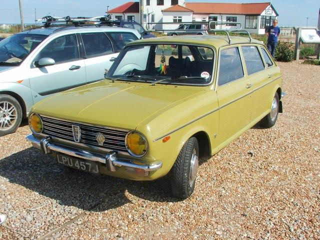 Vintage 1970 Austin Maxi, Dungeness
