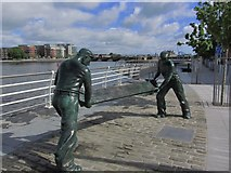R5757 : Limerick - The Dockers' Monument, Howley's Quay by Colin Park