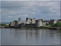 R5757 : Limerick - King John's Castle from Honan's Quay by Colin Park