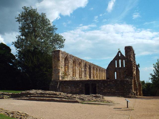Battle Abbey ruin