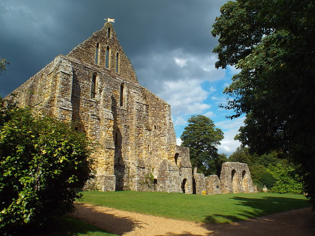 Battle Abbey ruin